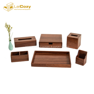 Fashion Design Hotel Customized Wooden Guestroom Accossories Set